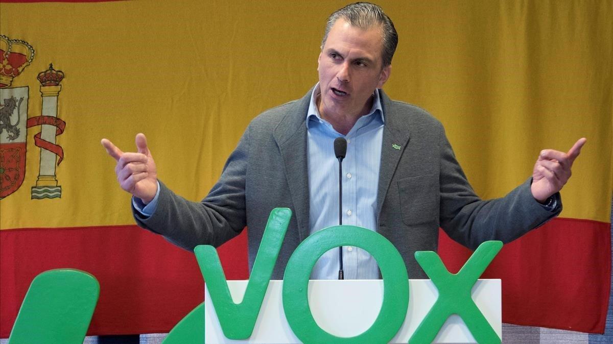 El abogado y secretario general de Vox, Javier Ortega Smith, participa en la conferencia del partido ultraderechista en la Eurocámara