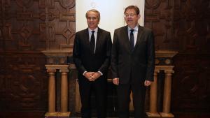 El presidente del Cercle d'Economia, Javier Faus (izquierda), junto al 'president' de la Generalitat Valenciana, Ximo Puig (derecha).
