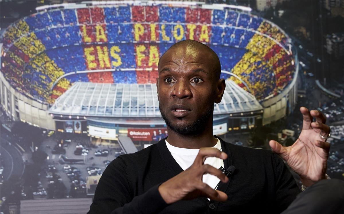 Eric Abidal, en una imagen en las oficinas del Barça