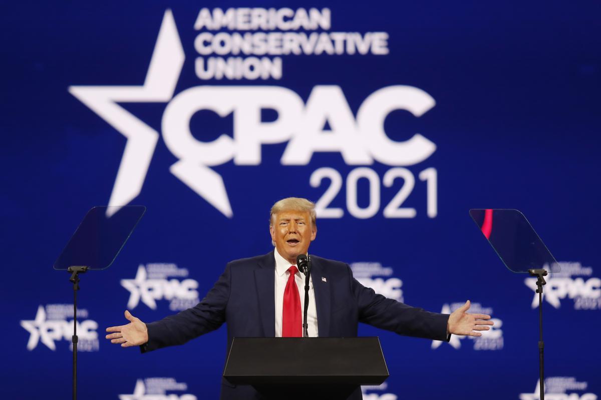 Trump vuelve a la arena pública y ratifica su control sobre el Partido  Republicano