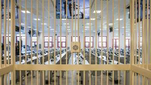 Una de las entradas al búnker donde serán juzgados este miércoles los 350 miembros de la 'Ndrangheta en Lamezia Terme, Calabria.