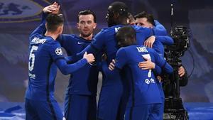 Los jugadores del Chelsea celebran el gol de Werner.