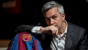 Víctor Font posa en la sede de su candidatura.