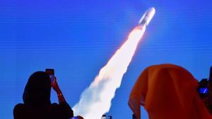Imagen del lanzamiento de la sonda 'Hope', en agosto del 2020 en Dubái.