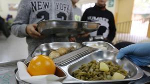 UGT denuncia que Terrassa no ha municipalitzat el servei de menjadors