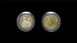 Detalle de un modelo de moneda de dos euros que Italia acuñará este año dedicada a los médicos, enfermeros y al personal sanitario que ha hecho frente a la pandemia de coronavirus en los hospitales del país.