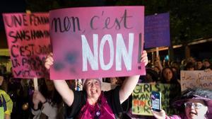 Movilizaciones en Basilea horas antes de la huelga feminista.