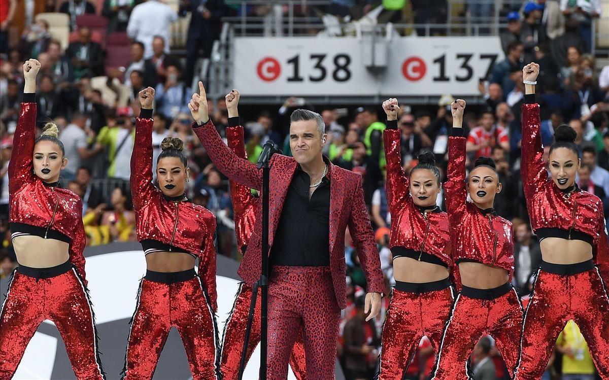 La actuación de Robbie Williams durante la inauguración del Mundial.