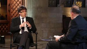 Carles Puigdemont, en la entrevista con Vicent Sanchis en TV-3.