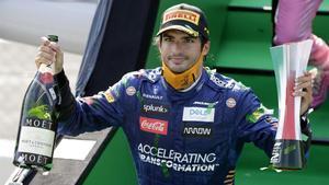 Carlos Sainz (McLaren) brilla en el GP de Italia y acaba segundo.