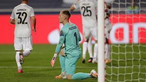 Ter Stegen, tras recibir uno de los ocho goles del Bayern Múnich en Lisboa.