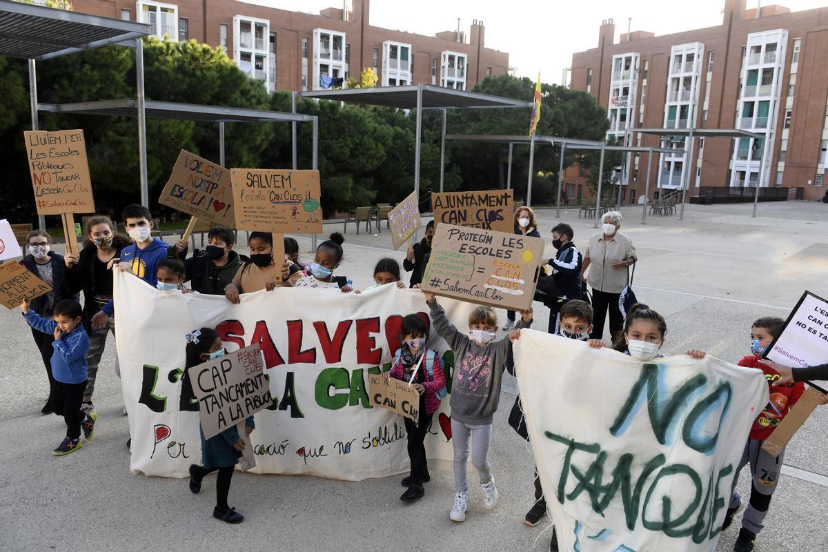 Barcelona rectifica i descarta tancar l'escola Can Clos
