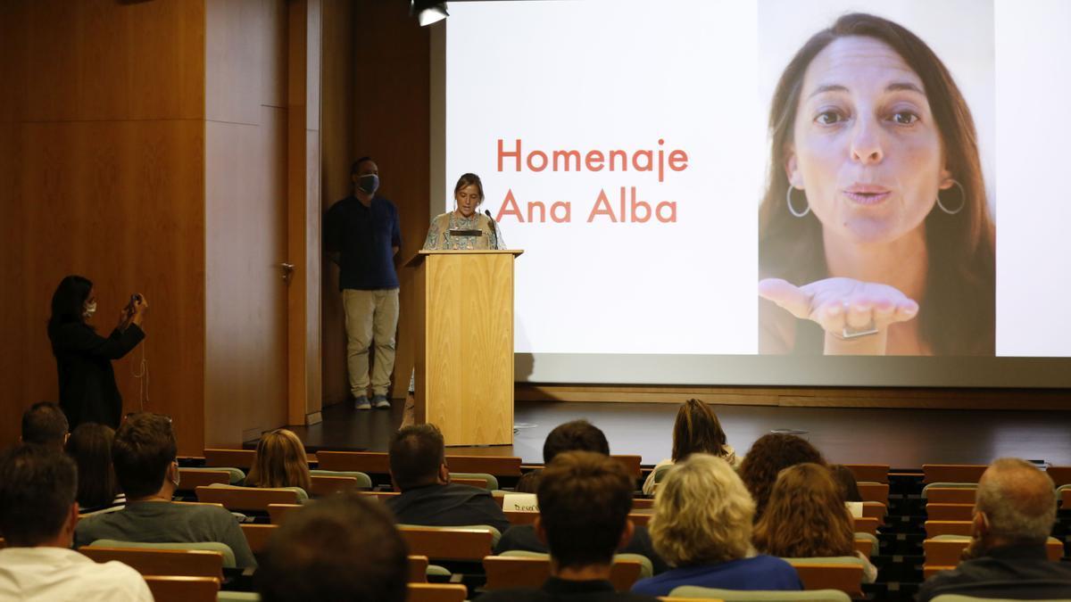 Homenaje a Ana Alba