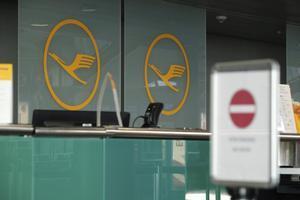 Mostrador de Lufthansa en el aeropuerto de Leipzig.