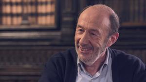 Así analizó Alfredo Pérez Rubalcaba la situación de España en el documental '40 años de democracia'