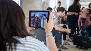 Varios profesores de Secundaria, en una clase de Cine Base, programa de la ESCAC dirigido a los maestros para que aprendan técnicas de narrativa audiovisual.