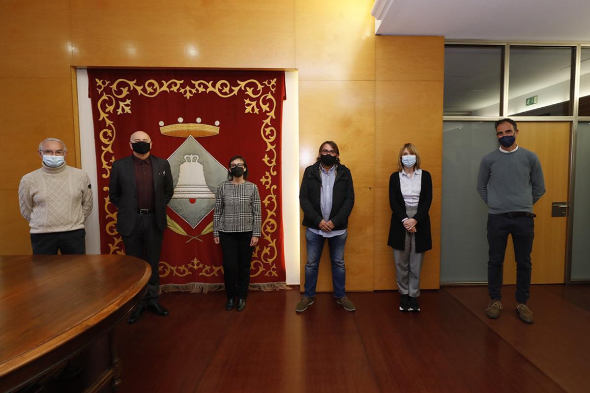 Firma del convenio entre el Ayuntamiento de Sant Boi, UGT i Llar Unió Catalònia para la construcción de viviendas sociales