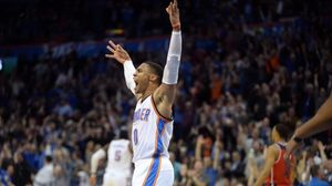 Russell Westbrook lleva ya 10 'triples-dobles' esta temporada, cinco de forma consecutiva.