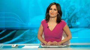 Mara Torres, en el plató de 'La 2 noticias'.