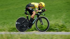 Roglic dona un cop d'autoritat al Giro