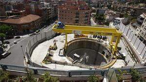 Las obras de la línea 9 del Metro en la plaza Sanllehy.