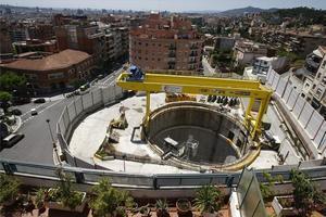 Les obres de la línia 9 del metro a la plaça de Sanllehy.