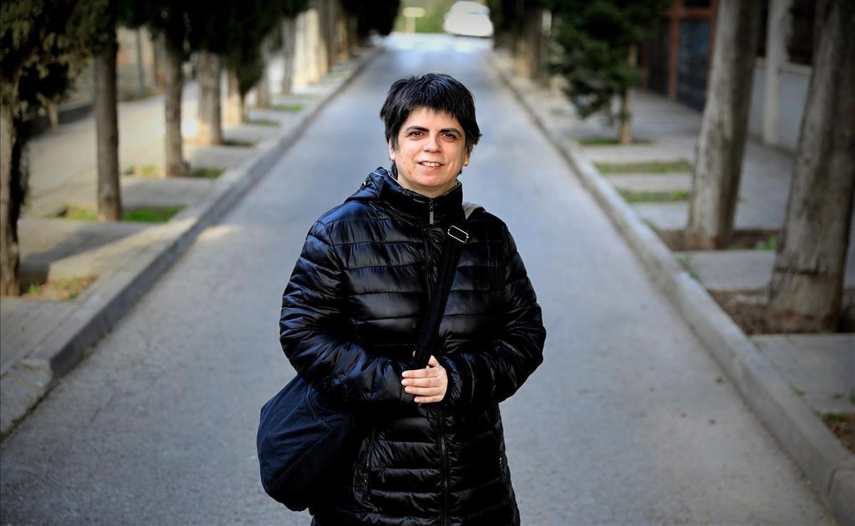 Raquel Montllor fue diagnosticada de autismo a los 40 años y ahora se dedica a ayudar a personas que también lo padecen.