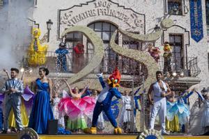 El parque de atracciones de Port Aventura abre sus puertas