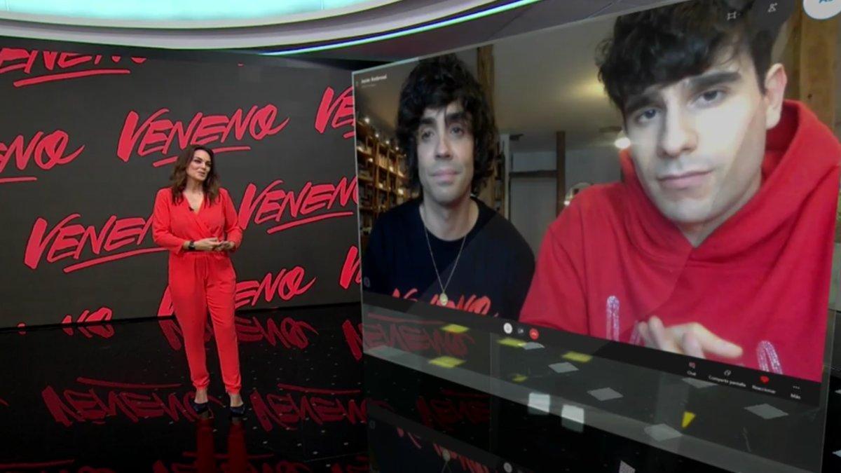 Mónica Carrillo y los Javis en Antena 3 Noticias.