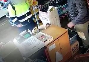 Una detenida por atracar con arma blanca un supermercado en Sant Adrià de Besòs