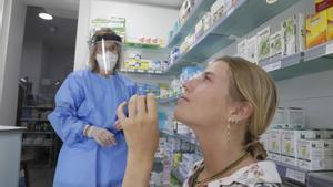 Els tests d'antígens arriben per fi a les farmàcies