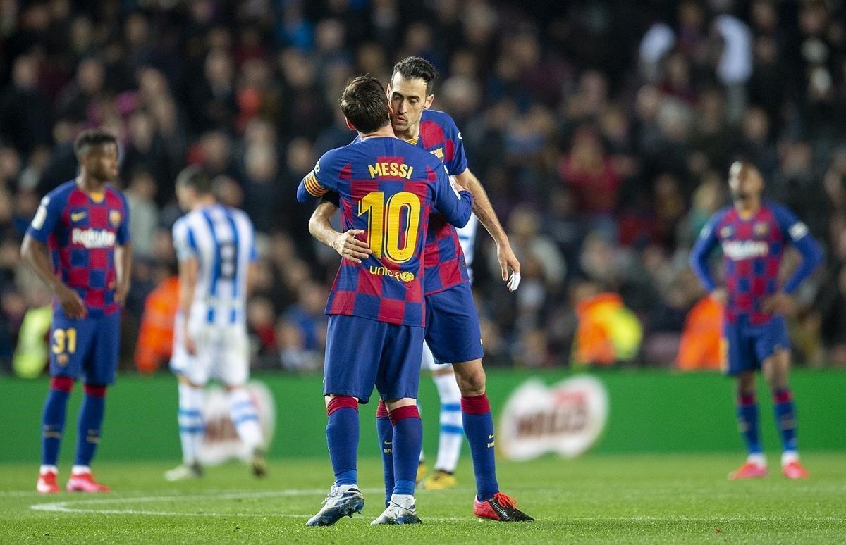 Misión cumplida, pensaron Messi y Busquets