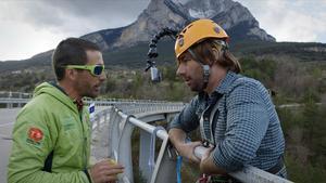 Quim Masferrer, en Gisclareny' (Berguedà), con el programa 'El foraster' (TV-3).