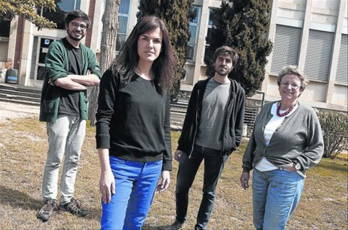 Becados y secretaria 8De izquierda a derecha, Francesc Ruiz, Teresa Estapé, Aldo Urbano y Cristina Roto.