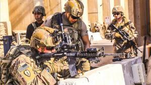 Els EUA comencen una ofensiva contra les milícies a l'Iraq després de l'atac a la base militar