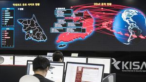 Informáticos en Seúl monitorizando los efectos del virus Wannacry, el pasado lunes.