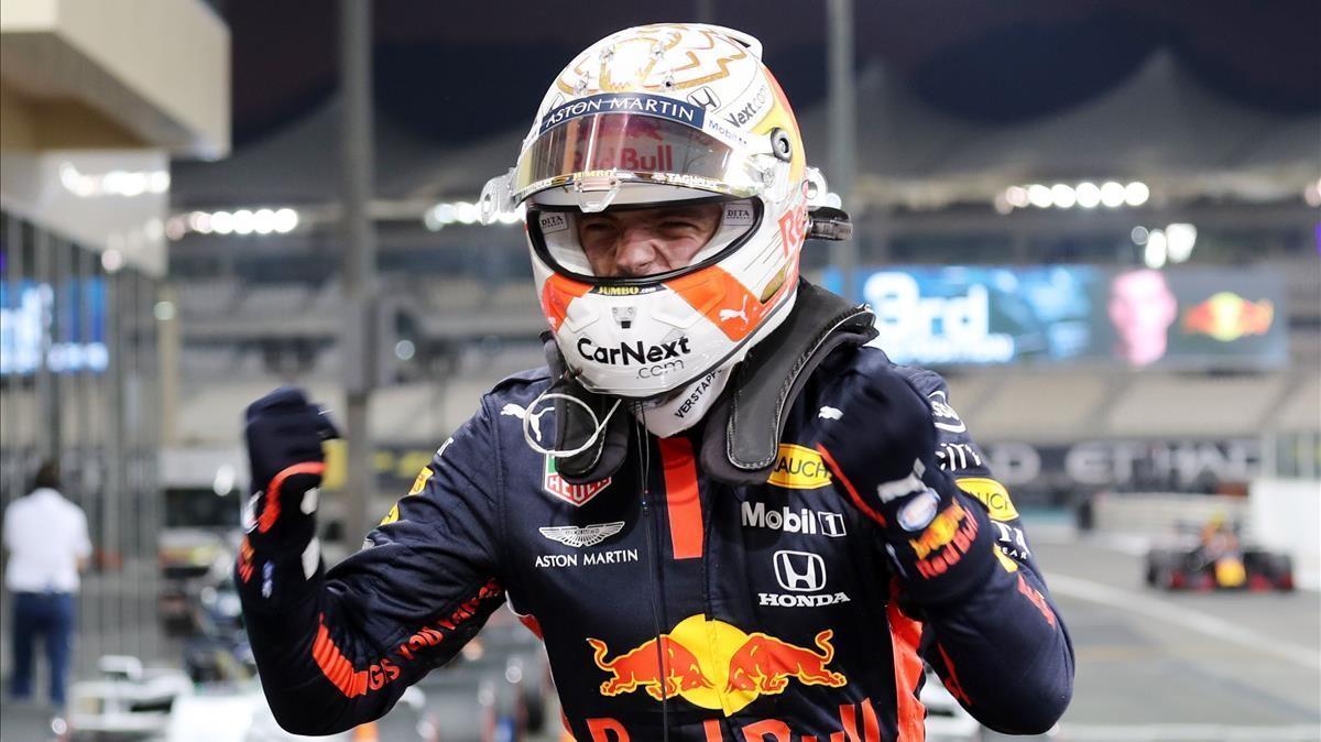 Max Verstappen celebra la consecución de la 'pole' en Yas Marina.