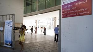 Entrada principal del Campus Catalunya de la URV.