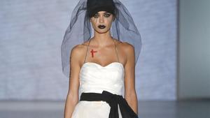 Un diseño de novia de la firma Oscarleon.
