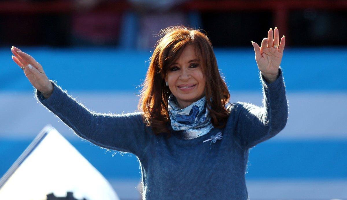 Cristina Fernandez de Kirchner podría ir a prisión por supuestos sobornos a empresarios.