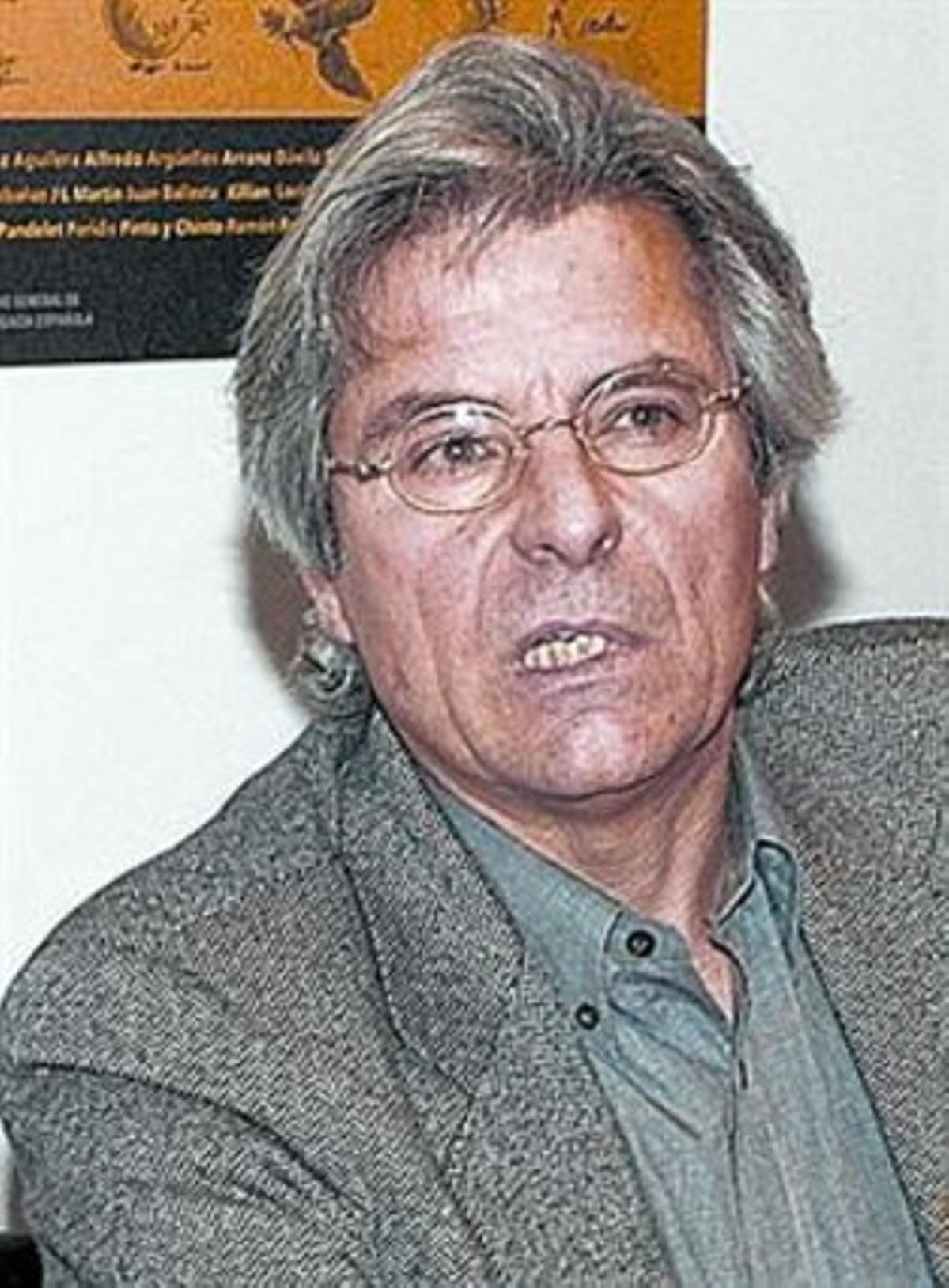 Javier Nart, número 1 de la lista.
