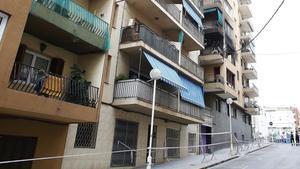 Edificio afectado por la explosión en Premià de Mar, este miércoles.