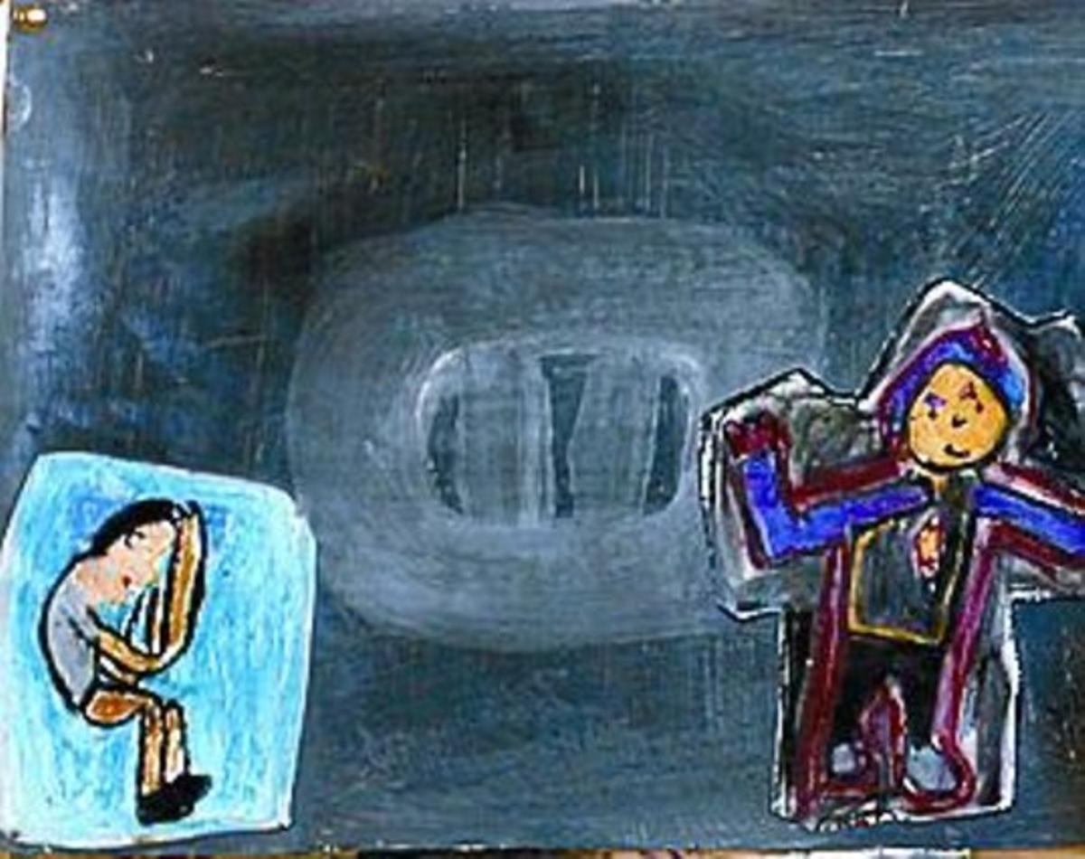 Noemí Rocalbert, directora del colegio Mestre Morera, en Ciutat Meridiana, coloca unos dibujos en el pasillo del centro.
