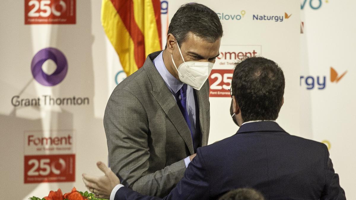 Los presidentes Pedro Sánchez y Pere Aragonès, en un acto de Foment del Treball en Barcelona