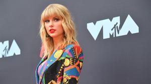 Taylor Swift anuncia per sorpresa el llançament del seu nou disc