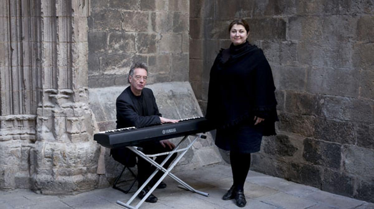 La soprano Maryna Ahibalova interpreta a Ciutat Vella amb el pianista Peter Geddes