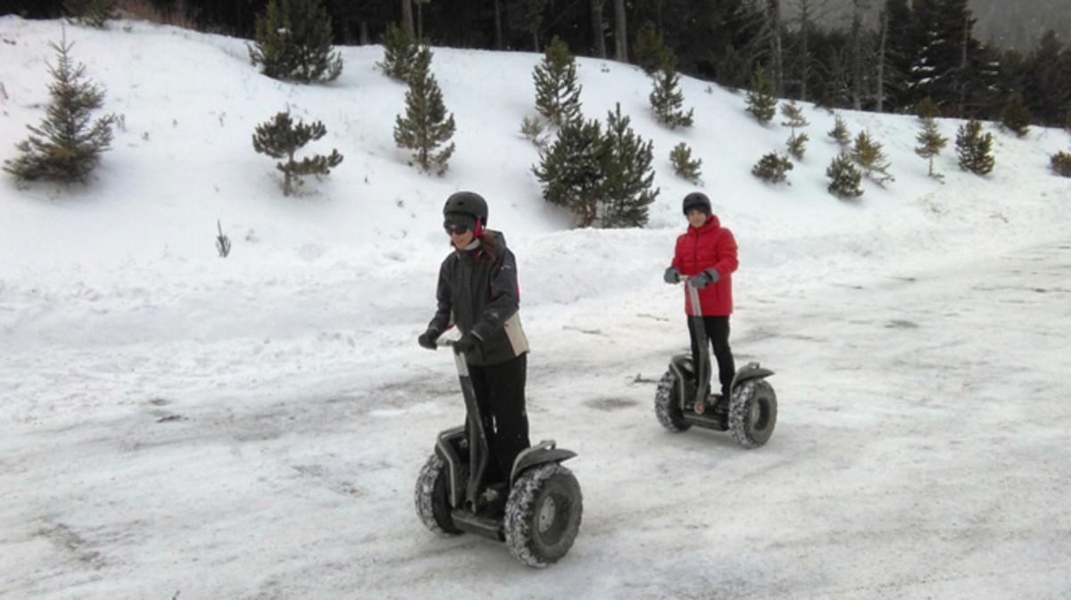 Excursión sobre la nieve con 'segways' en La Molina.