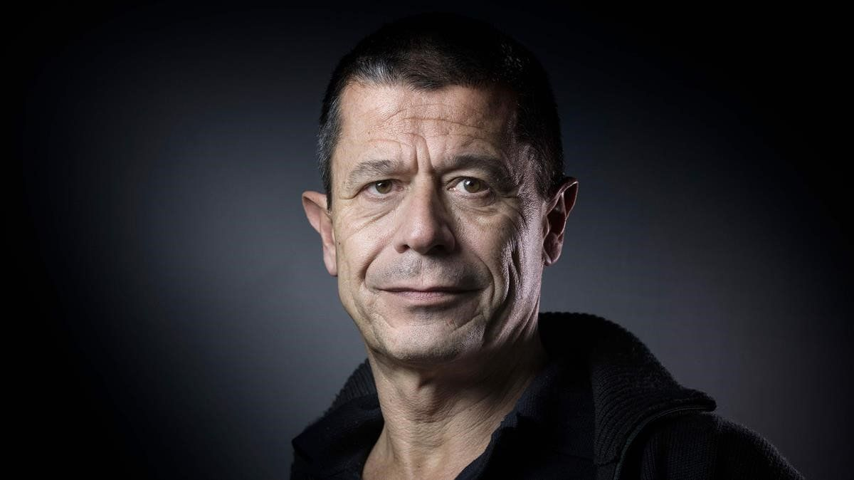 El escritor francés Emanuel Carrère.