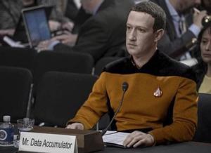 Montaje en que aparece Mark Zuckerberg convertido en un personaje de Star Treck.