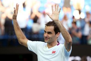 Roger Federer celebra la victoria.